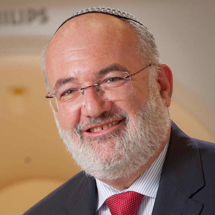Dr. Guido Pardo-Roques